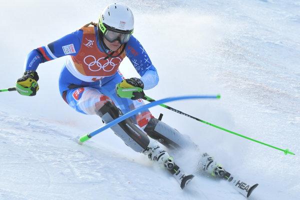 Veronika Velez-Zuzulová počas prvého kola olympijského slalomu.