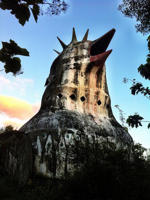 Kurací kostol sa mal podobať na holubicu.