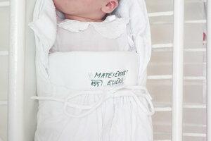 Martin a Ivana Mateičkovci z Púchova sa od 15. februára tešia z prvorodenej dcérky Elišky (3500 g, 50 cm).