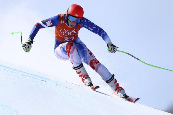 Slovenská lyžiarka Petra Vlhová počas tréningu zjazdu žien v stredisku Čongson na ZOH.