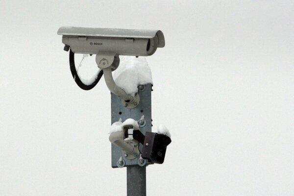 Kamery pribúdajú v mestách i obciach.