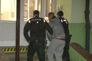 Polícia Jaroslava zadržala. Vyšetrovateľka spracovať podnet na jeho väzobné stíhanie.