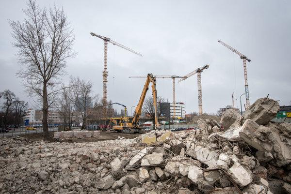 Dvanásť miliónov stálo centrum na recykláciu stavebného odpadu pri Trenčíne, väčšina peňazí išla z eurofondov (ilustračné foto).