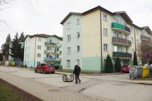 Nájomná bytovka na Medňanskej ulici (druhá v poradí).