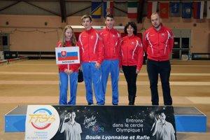 Zľava: Martina Grexová, Tomáš Štolc, Patrik Pavčo, Iveta Lukáčová a Daniel Obročník.