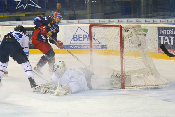 Michal Chovan v prvom zápase po návrate skóruje proti Popradu