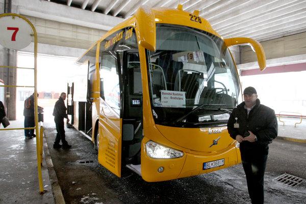 Autobusy RegioJet-u plánujú rozširovanie na východ Slovenska.