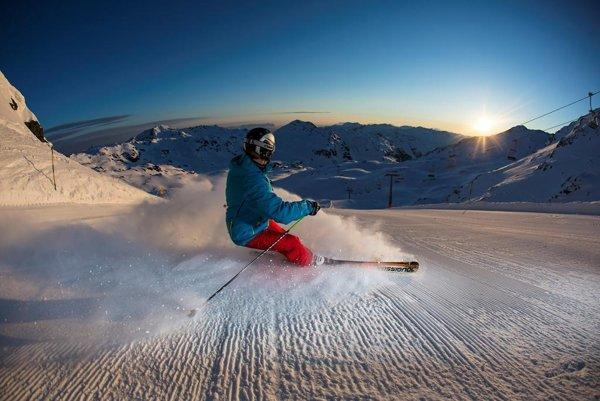Zimná sezóna v Zillertalskom údolí trvá až do apríla.