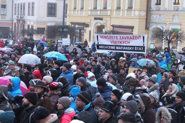 Občania sa v centre Banskej Bystrice zišli už minulý piatok.