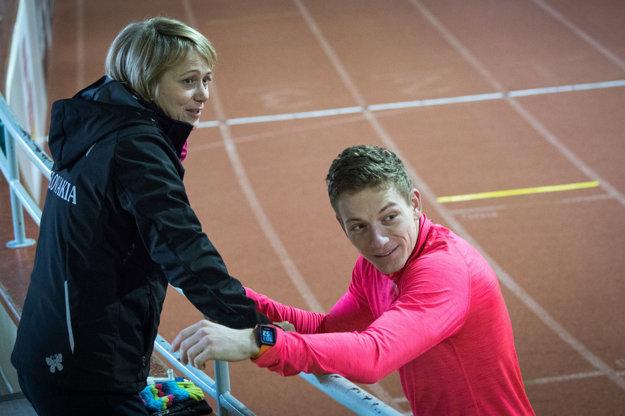 Trénerka Naďa Bendová a šprintér Ján Volko.