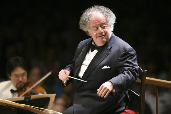 Dlhoročný dirigent a klavirista James Levine.