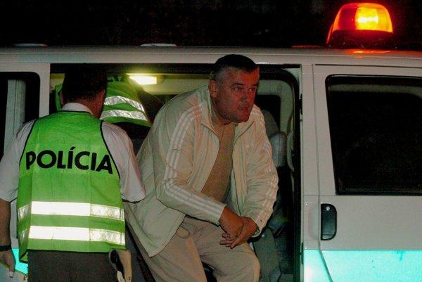 V roku 2004 zadržali Jána Slotu po zrážke s protiidúcou Mazdou.