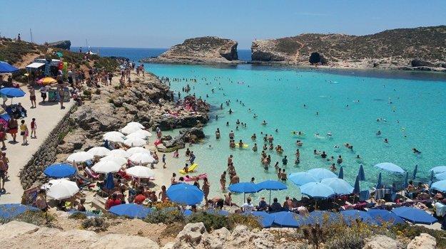 Ostrov Comino: Modrá lagúna.