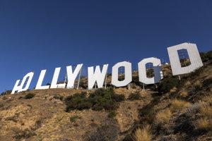 V tridsiatych a štyridsiatych rokoch minulého storočia sa symbol objavuje iba v niekoľkých filmoch, ktoré sa týkajú Hollywoodu alebo filmového priemyslu. Filmový svet skôr reprezentovali iné hollywoodske inštitúcie, napríklad reštaurácia Brown Derby.