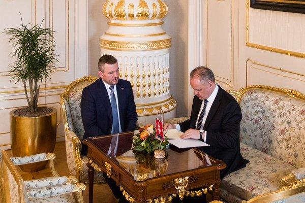 Pellegrini na rokovaní s prezidentom Kiskom.