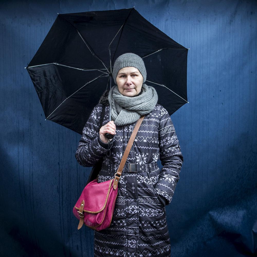 Adriana učí na MŠ na Tekovskej ulici vBratislave. Po tridsiatich rokoch vškolstve zarába šesťstodvadsať eur.