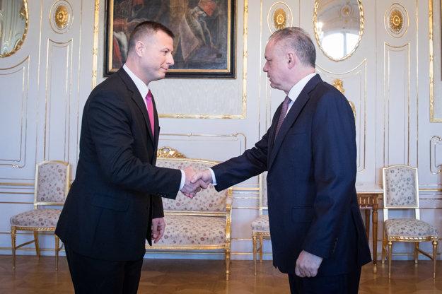 Gábor Gál (vľavo) sa stretol s prezidentom Andrejom Kiskom.