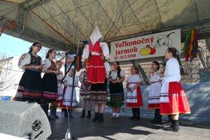 V Lučenci odštartoval Veľkonočný jarmok