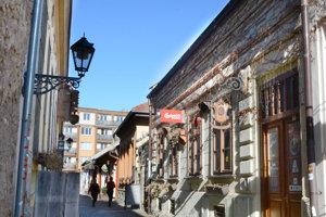 Stolársky dom na Hrnčiarskej. Do majetku mesta na lukratívnej adrese v centre chce nový nájomca investovať desiatky tisíc eur.