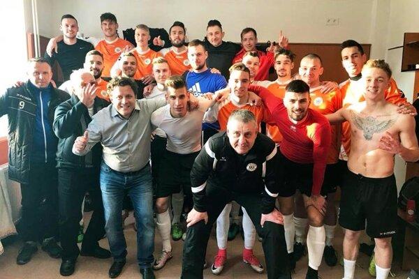 Futbalisti Galanty sa tešili z výhry nad Šaľou 4:2.