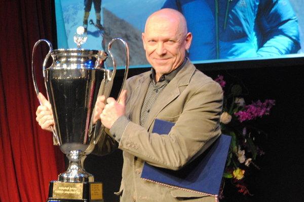 Peter Hámor  trofejou.