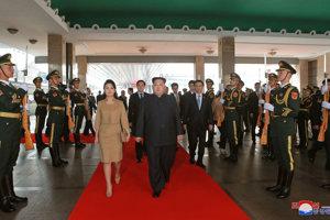 Severokórejský vodca Kim Čong-un podnikol prekvapujúcu trojdňovú návštevu Pekingu.