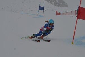 Slovenka Kristína Saalová počas obrovského slalomu.