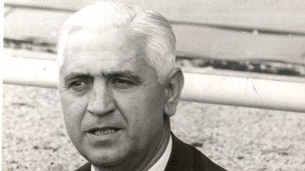 Úspešný tréner, ktorý jeden čas trénoval i v Prievidzi.