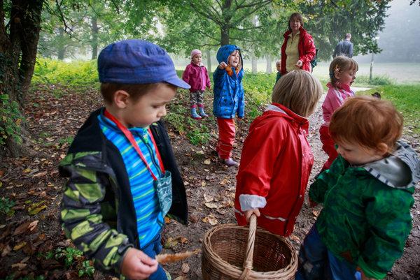 Deti v Lesnom klube Jadierko v Stupave.