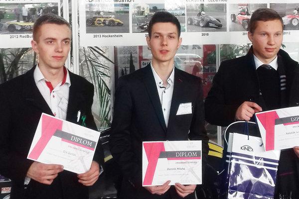 Úspešní študenti zTvrdošína na olympiáde vBratislave.