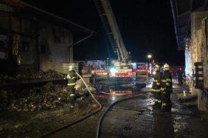 Zásah hasičov v Považskom Chlmci.