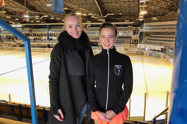 Laura Debnárová so svojou trénerkou Janou Zrubecovou v Maďarsku.