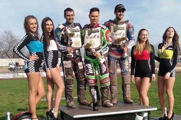 Stupne pre víťazov v maďarskom Debrecíne