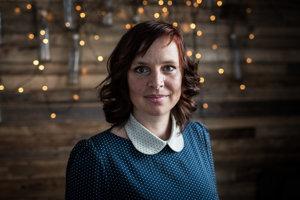 Veronika Remišová je šéfkou poslaneckého klubu OĽaNO. Dlhodobo sa o nej hovorí ako o nádejnej šéfke tohto hnutia.