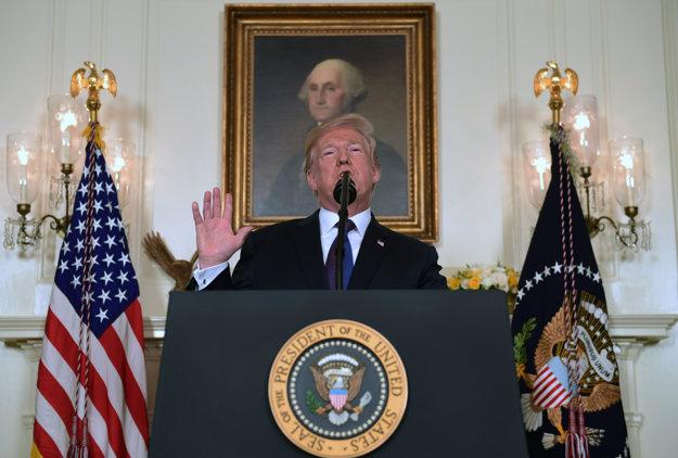 Americký prezident Donald Trump počas vyhlásenia o útoku v Sýrii.