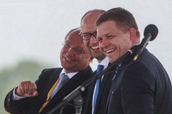 Slovensko v utorok spustilo reverzný tok a umožnilo tak Ukrajine využívať plyn, ktorý do západnej Európy prúdi z Ruska.
