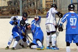 Martinčania síce bojovali no Považská Bystrica ich z play off vyradila.