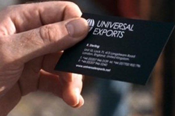 Universal Exports je meno konšpiračnej spoločnosti Jamesa Bonda. Na Slovensku funguje jej menovkyňa, ktorá zarábala na štátnych zákazkách.