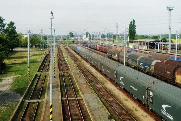 Železničné prekladisko v Haniske.