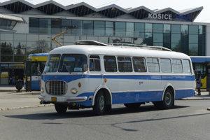 Autobus Škoda 706 RTO CAR z roku 1967