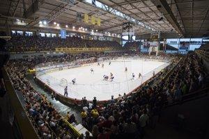 Na snímke finále play off Tipsport Ligy v hokeji HK Dukla Trenčín - HC'05 iClinic Banská Bystrica.