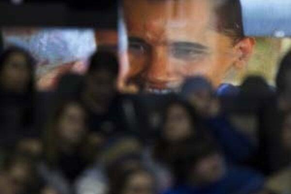 Barack Obama by mohol vdýchnuť demokratickému systému nový život.