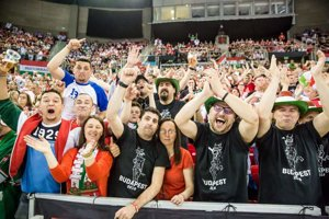 Maďarskí fanúšikovia vytvorili na turnaji A-skupiny I.divízie v Budapešti skvelú atmosféru.