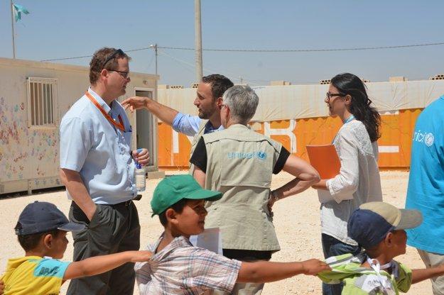 Petr Kostohryz v utečeneckom tábore Zaatari v Jordánsku.