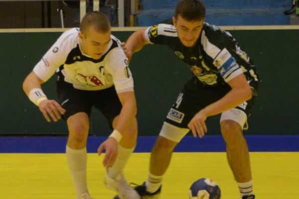 V prvom zápase sa z výhry tešil domáci Prešov.