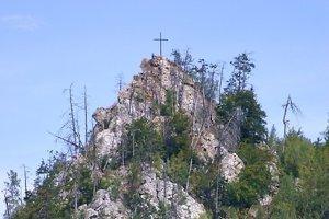 Štompová skala s krížom