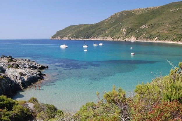 Pláž na ostrove Elba