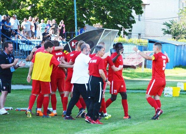 Futbalisti Serede majú dve možnosti na potvrdenie víťazstva v druhej lige.