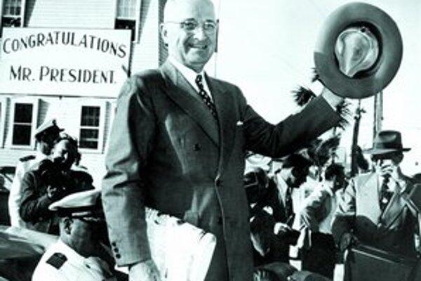 Harry Truman po svojom zvolení za prezidenta USA.