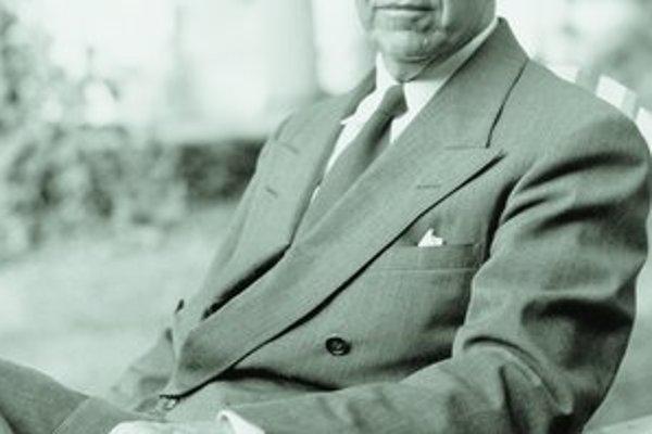Bývalý náčelník generálneho štábu George Marshall pôsobil dva roky ako splnomocnenec prezidenta Harryho Trumana v Číne a od roku 1947 bol v jeho vláde ministrom zahraničia.